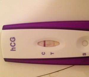 Línea de evaporación en prueba de embarazo