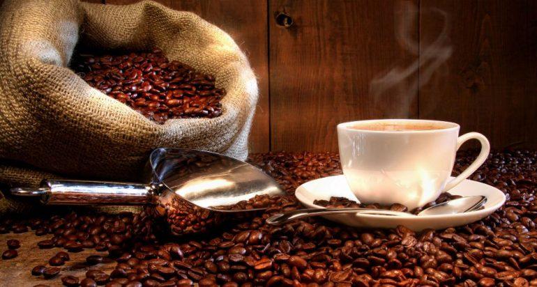 café con alto contenido de cafeína